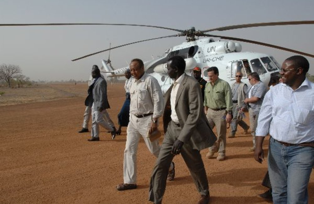 SRSG Haile Menkerios arriving in Kuajok to meet caretaker governor and UN state coordinator.