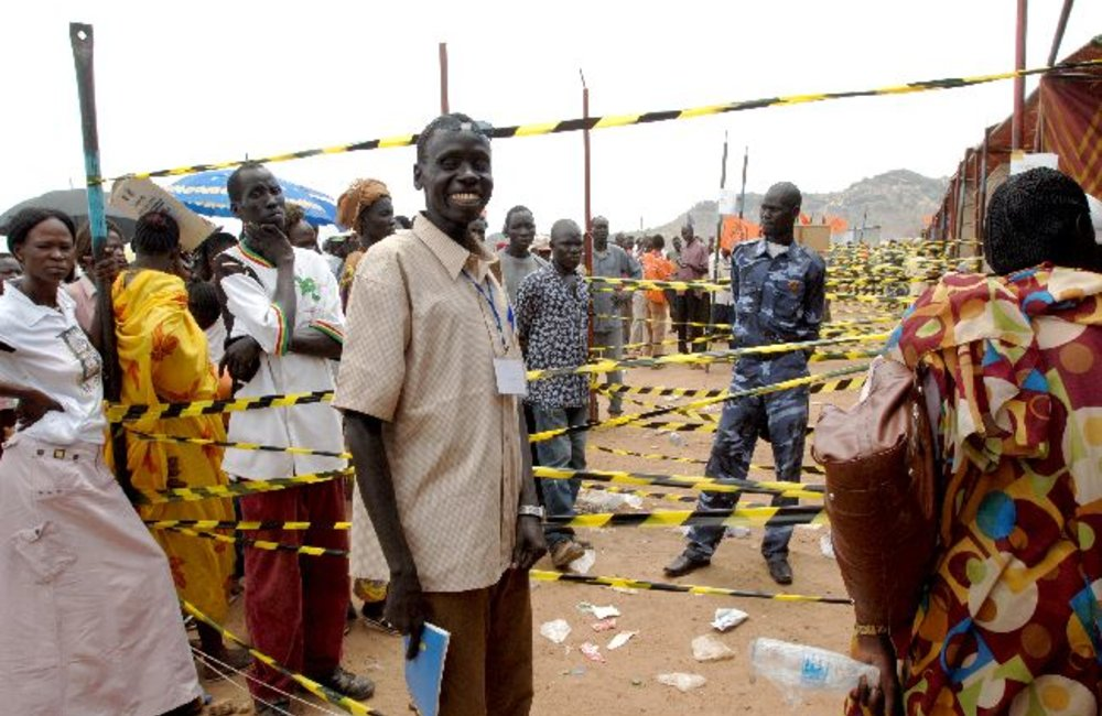 Voters queuing for their turn , Juba