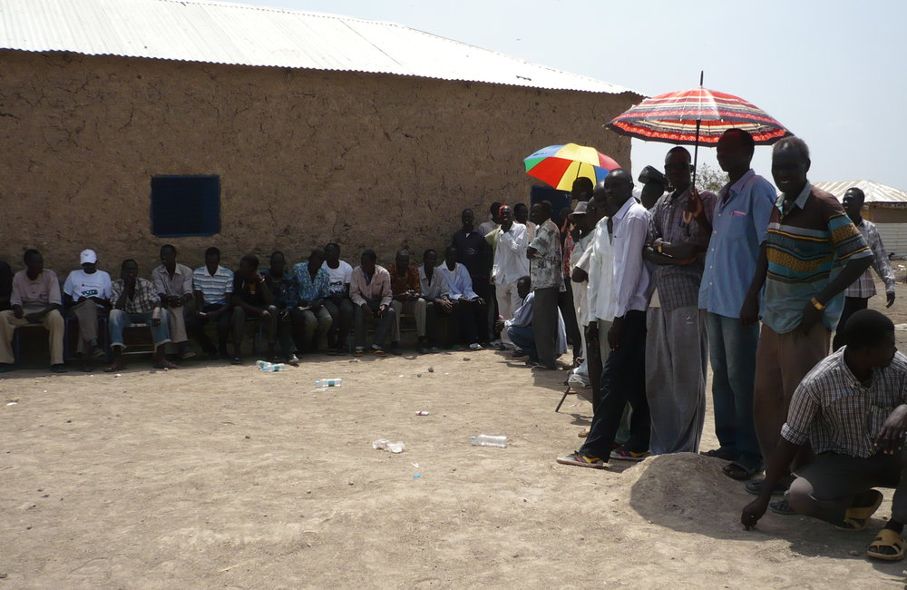 Lining up under the sun at Tharawa polling centre, South Malakal